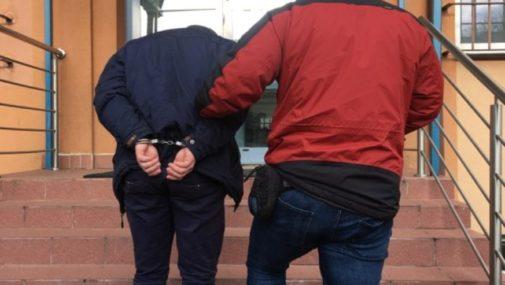 Sprawcy kradzieży w schronisku usłyszeli zarzuty
