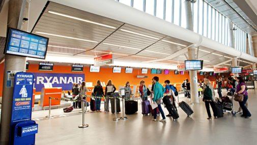 Koniec impasu w sprawie lotniska w Modlinie? Mazowsze z akcjami za 50 milionów zł
