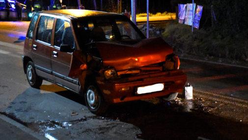 Nasielsk: Samochód osobowy uderzył w busa