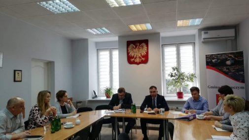 Zakroczym: Spotkanie burmistrza z dyrektorami szkół, przedszkoli i instytucji kultury