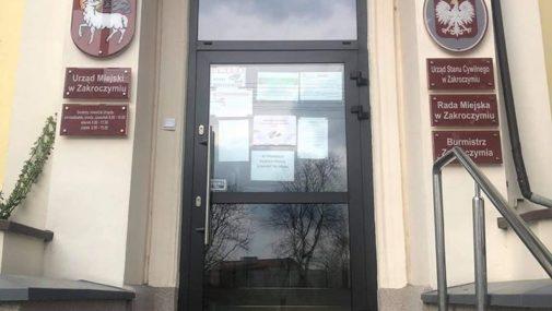 Zakroczym: Urząd Miejski całkowicie zamknięty