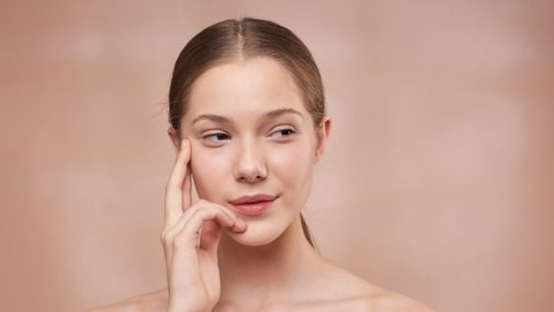 Piękne i pełne usta bez skalpela? Poznaj zalety innowacyjnego zabiegu
