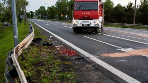 Zakroczym: Czołowe zderzenie dwóch pojazdów