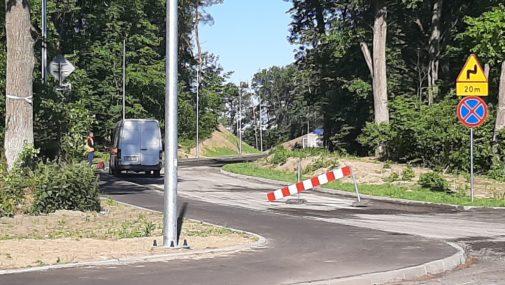 Nowy Dwór Maz.: Zrywają asfalt, ale drogi nie skończyli
