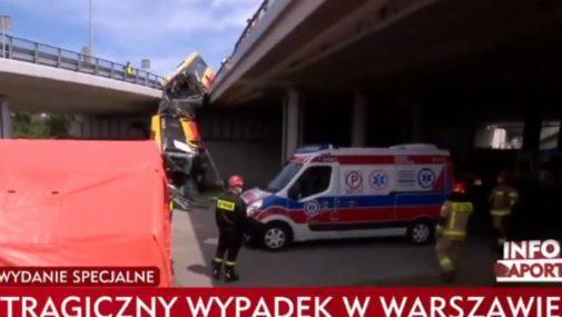 Warszawa: Autobus spadł z wiaduktu. Są ofiary
