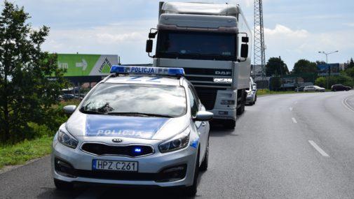 Nowy Dwór Maz.: Kompletnie pijany Białorusin za kierownicą TIR-a