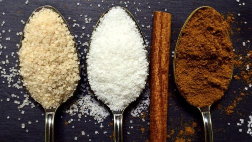 Dlaczego warto zastąpić cukier stewią?