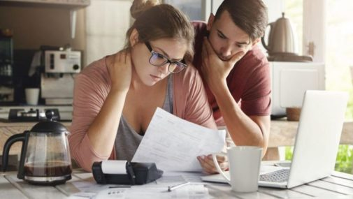 Kredytowe zadłużanie się